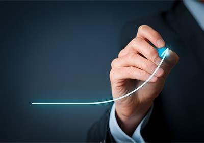 Aborder l'immobilier comme un investissement à long terme afin de lisser les coûts de transaction et d'acquisition
