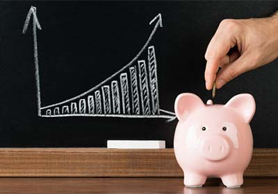 Économiser du capital pour acheter des biens à revenu