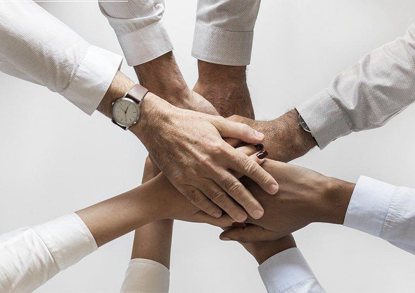 Externalisation des locations à une équipe professionnelle et acheter l'immobilier à revenu à Bruxelles clé en main crée un investissement passif