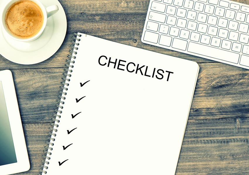 Moving abroad: Checklist with practical considerations!