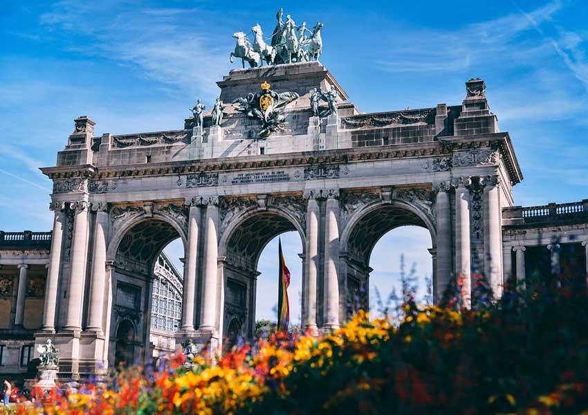 Parc d'exposition du Cinquantenaire à Bruxelles avec divers musées