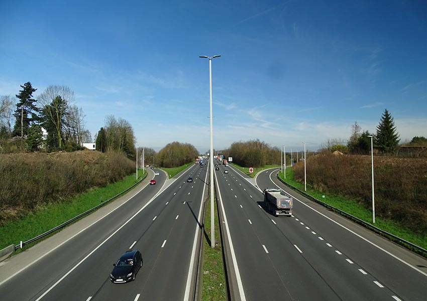 Workers On The Brussels Ring Road As An Access Route To Brussels For Commuters With Company Cars